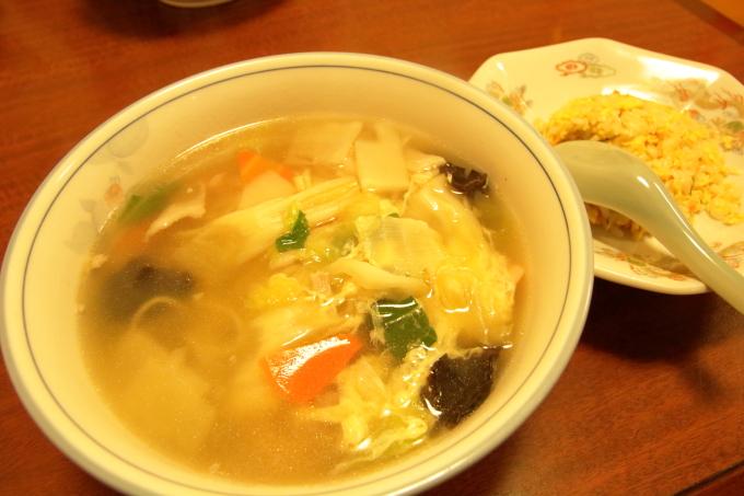 中華料理 鳳龍菜館「五目ラーメンセット」