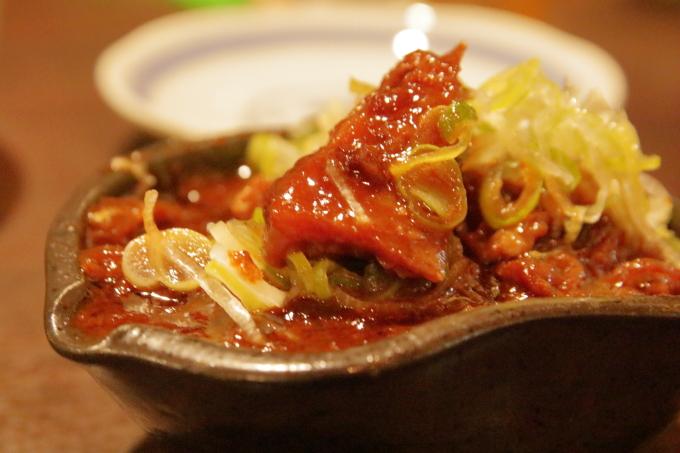 伍味酉本店・栄・どて味噌煮込みの牛すじ肉