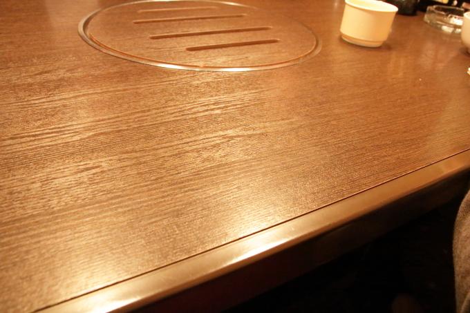 焼肉ぷるこぎ高知店の店内(座敷)