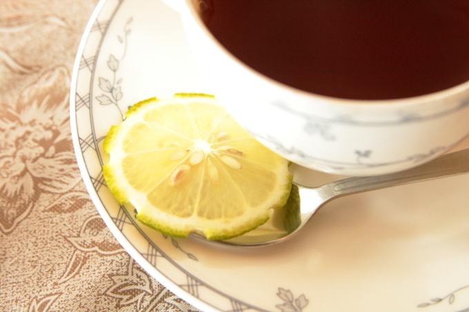 レストラン四季の日替わりランチ レモンティーのレモン