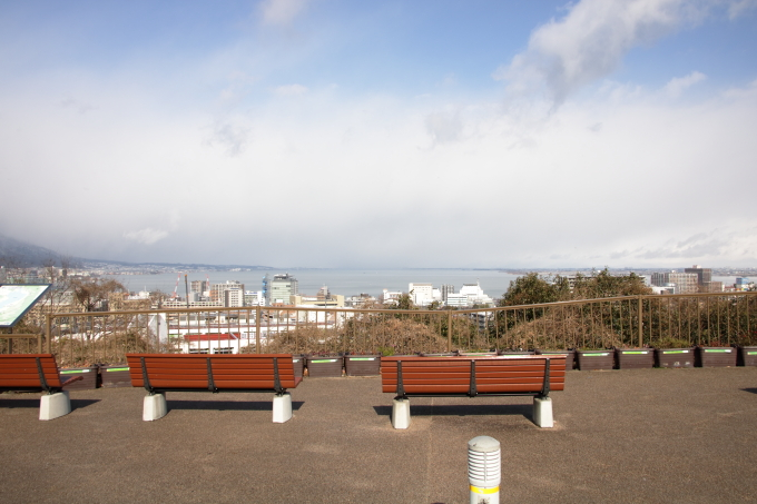 大津サービスエリアから見える琵琶湖