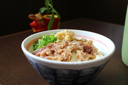 麺処 やすきや「肉入り醤油」
