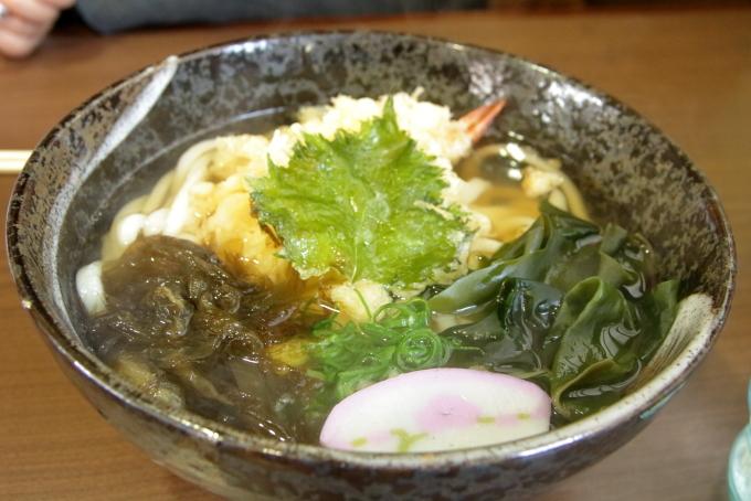 やすきやの天ぷらうどん