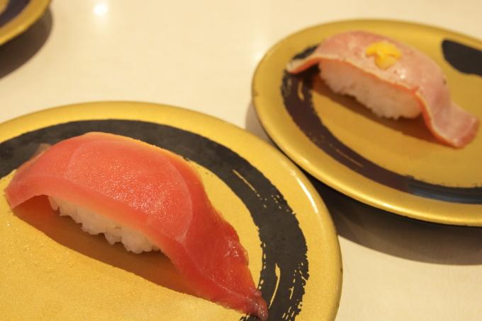 はま寿司のメガまぐろとメガ炙りまぐろ