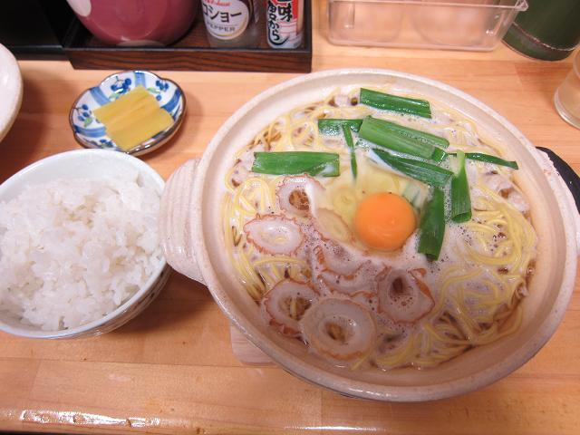 千秋の鍋焼きラーメン