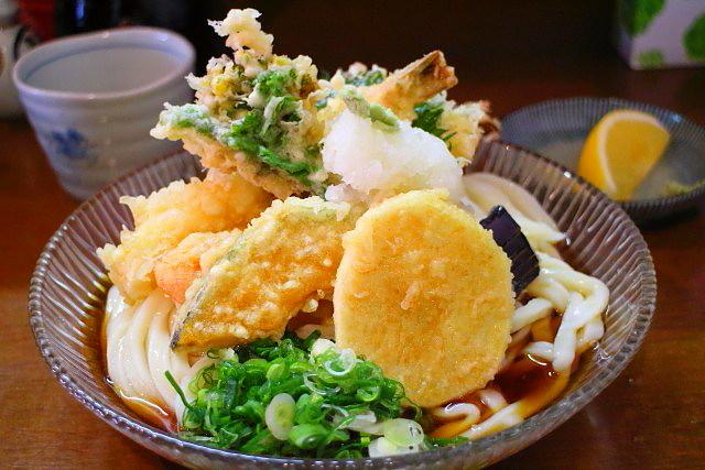 麺房まつみ冷やし天ぷらぶっかけ