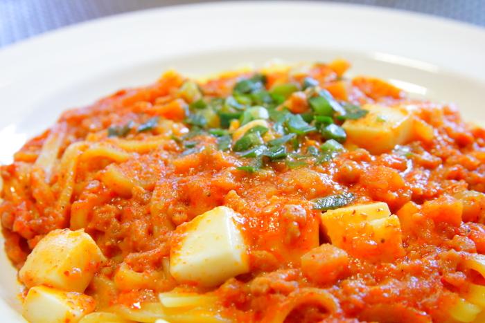 セブンプレミアムの冷凍麺 蒙古タンメン中本 汁なし麻辛麺