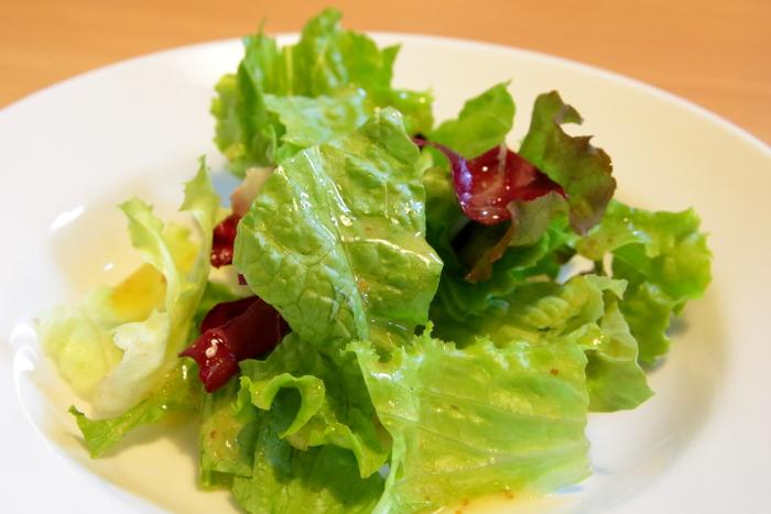 伊太利亜食堂リンダリンダのサラダ