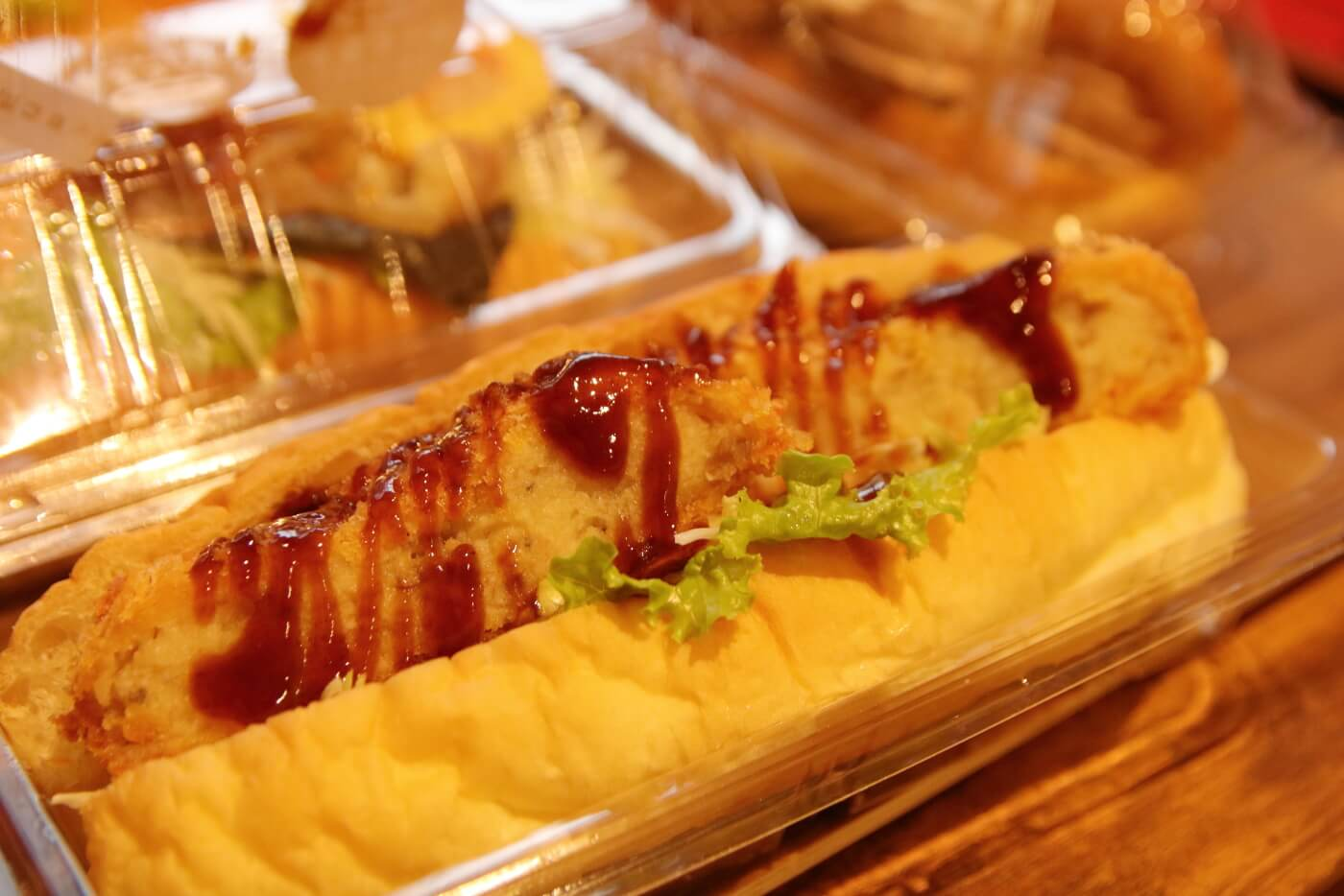 高知市 帯屋コッペのコッペパン 昔ながらの牛肉コロッケ