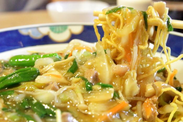 高知南国市レストラン グドラック 十菜あんバリカタ麺