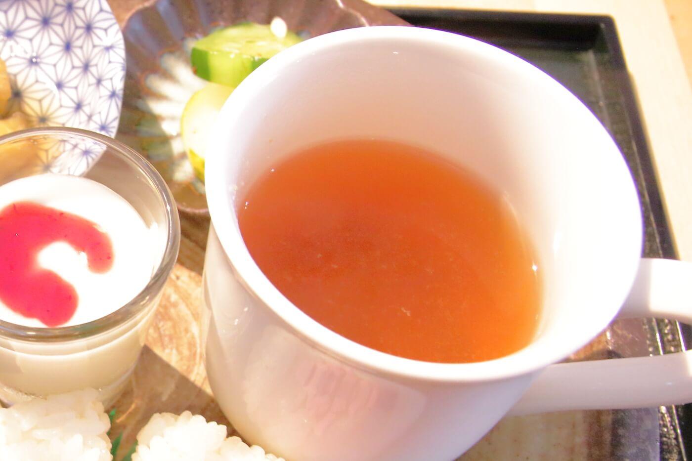 マンテンノホシ野市店 和食モーニングの味噌汁