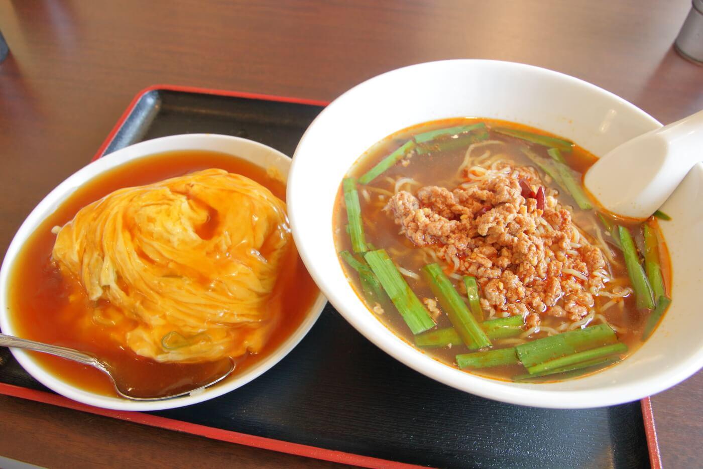 台湾料理鑫旺(シンオウ)ランチの台湾ラーメンと天津飯 高知市大津