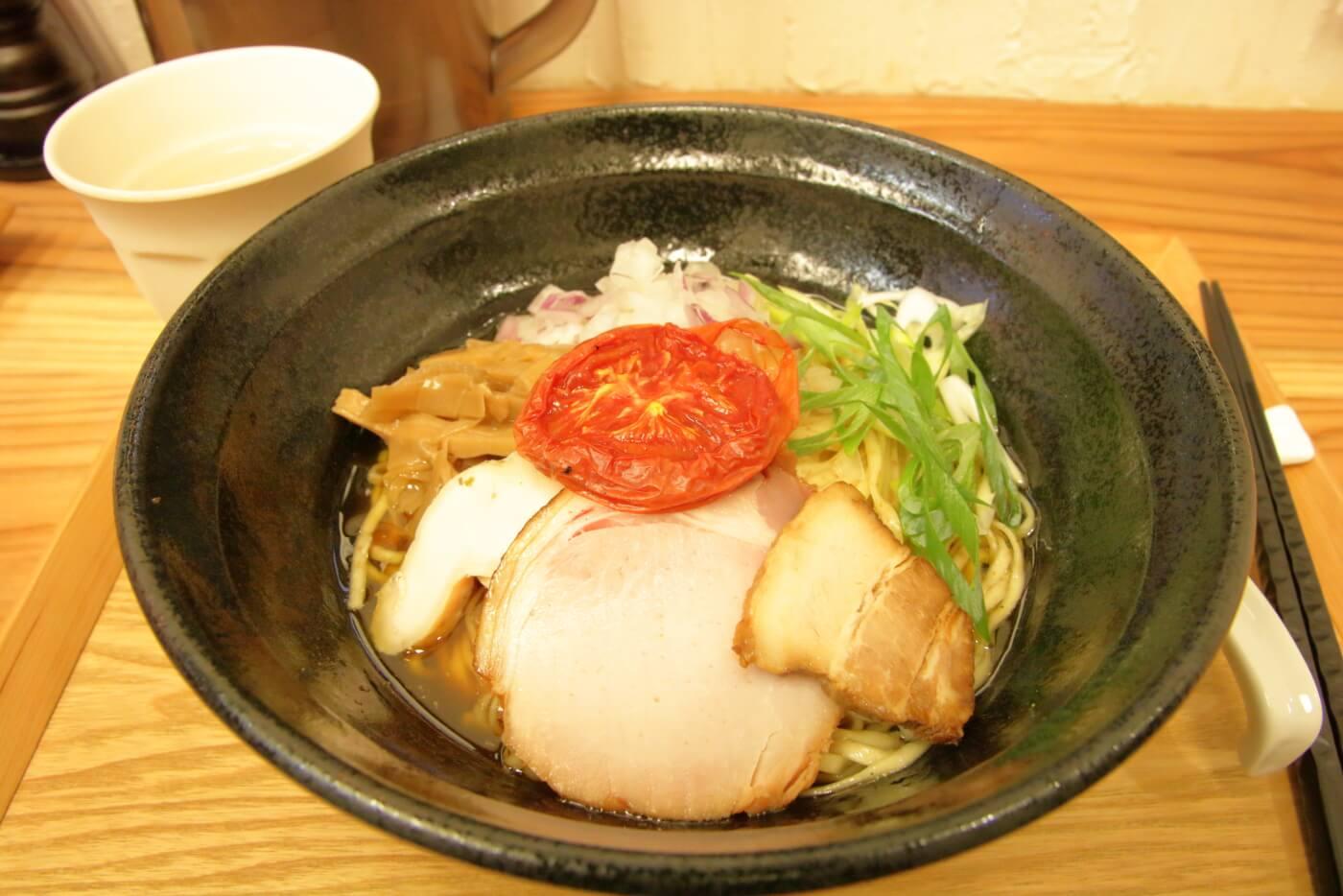 高知市のラーメン 鶏と魚 まぜそば
