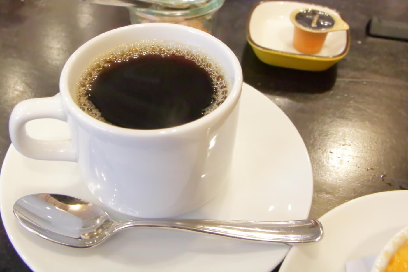 高知市ルビストロタシマのランチ 食後のホットコーヒー