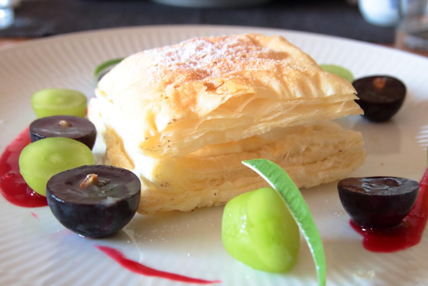 クッチーナ・サクラのランチ デザートのスイーツ