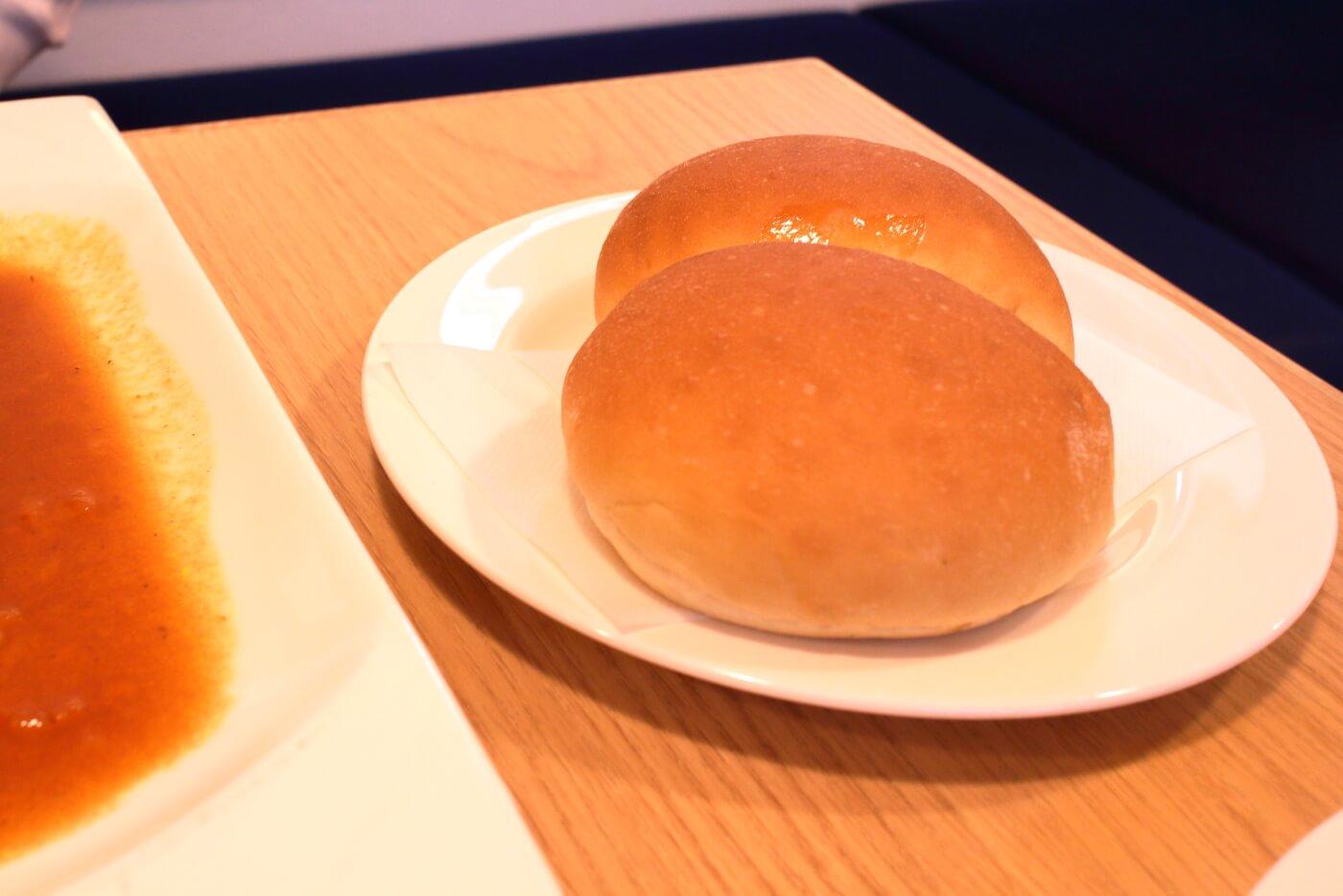 高知市 エンガワ ランチのパン
