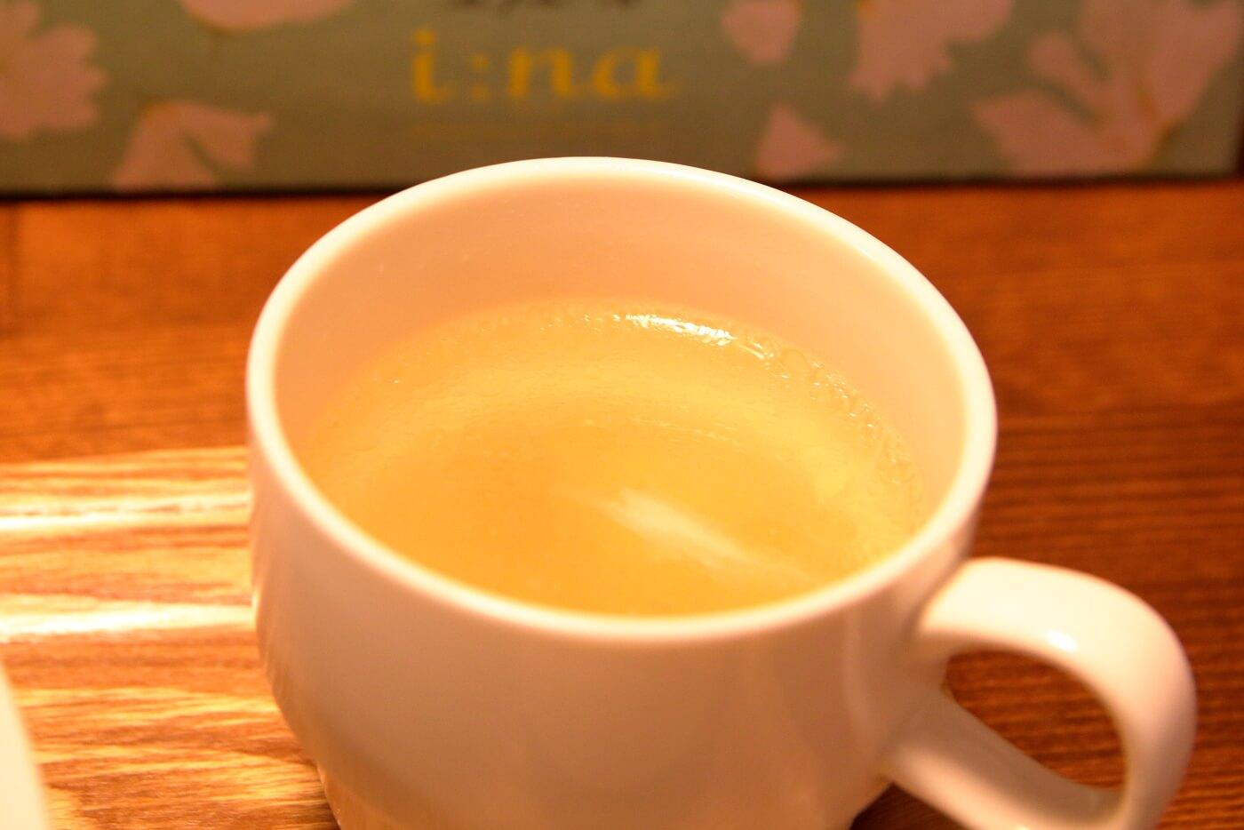 高知市一宮のラーメン店 和へる(あえる) 油そばのスープ