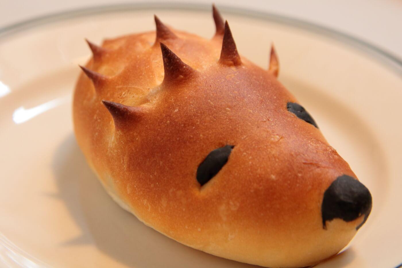 イソップの台所のモーニング ハリネズミ形のパン