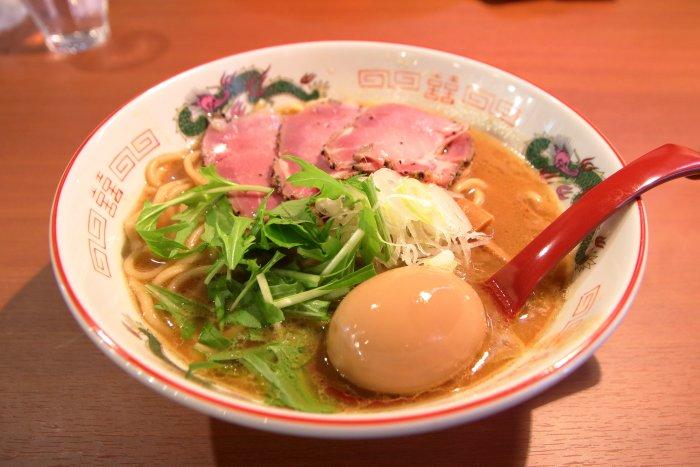 製麺処蔵木南国店 特製濃厚魚介豚骨ラーメン太麺の具材