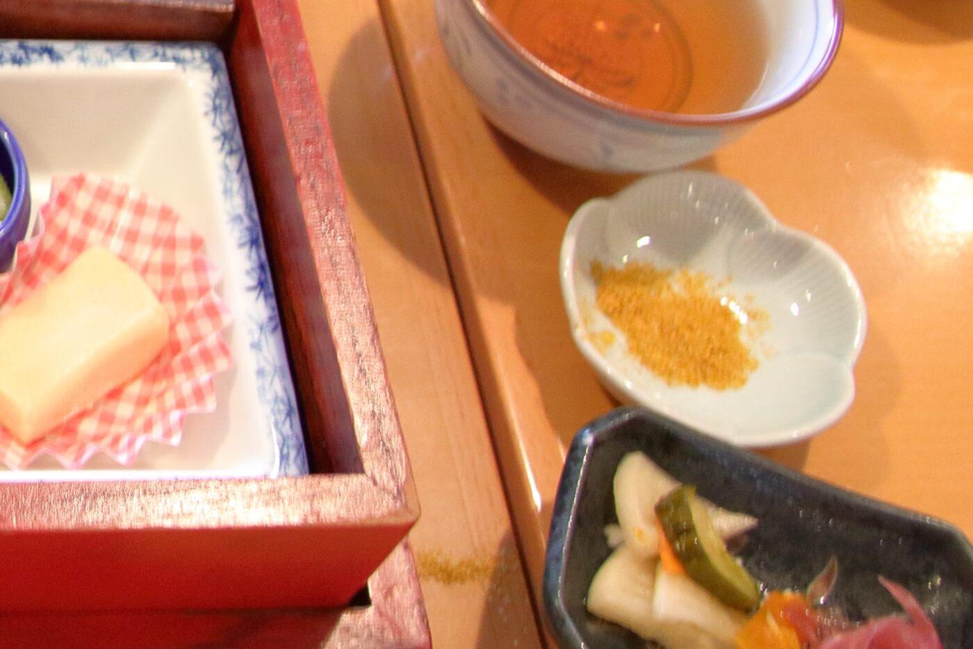 甘味茶寮 さくらさく ランチに付いていたカレー塩
