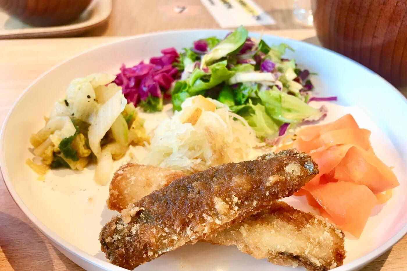 高知蔦屋書店 親子カフェ オーガニックスタイルキッチンの日替わりランチのワンプレート