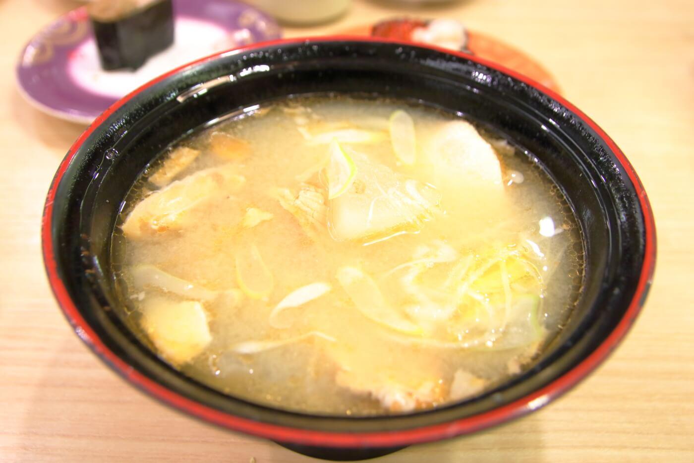 回転寿司トリトン 東京スカイツリータウン・ソラマチ店 サーモンのアラ汁
