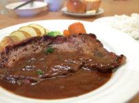 高知・南国市のレストランnoiのランチB シャリアピンステーキ