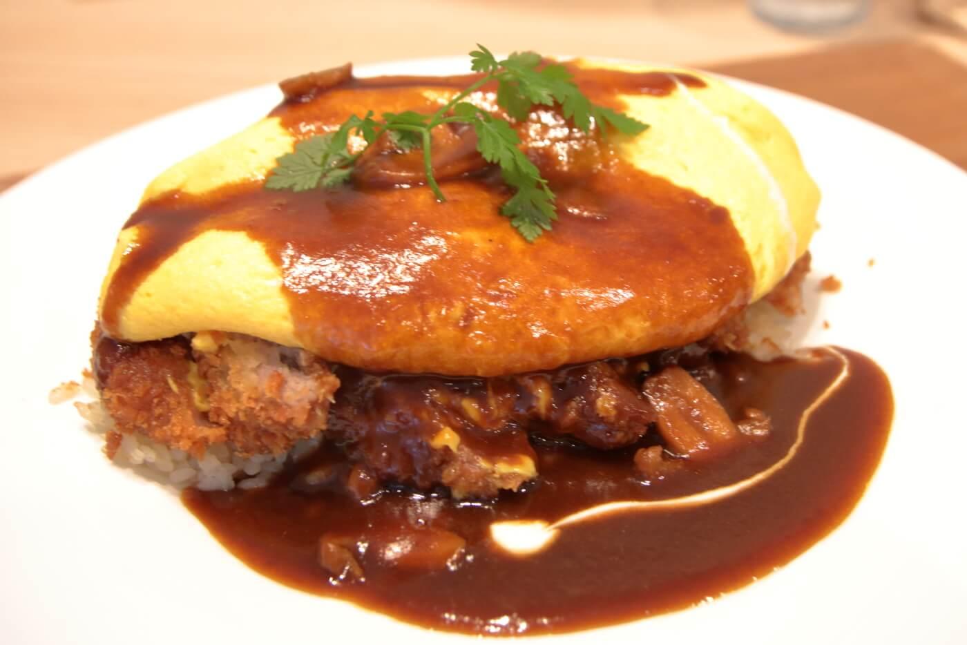 Cafe&Restaurant ソレイユのソレイユ風オムカツライス
