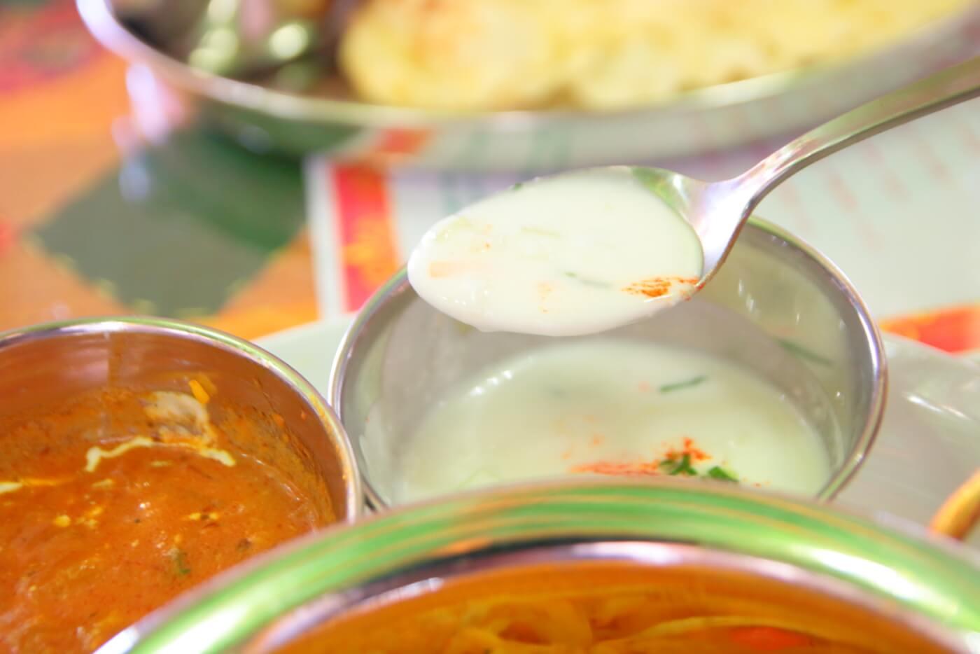 インド料理 スビマハル ビリヤニセットのヨーグルトソース