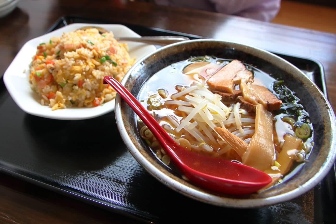 台湾料理 吉源 醤油ラーメン・チャーハンセット