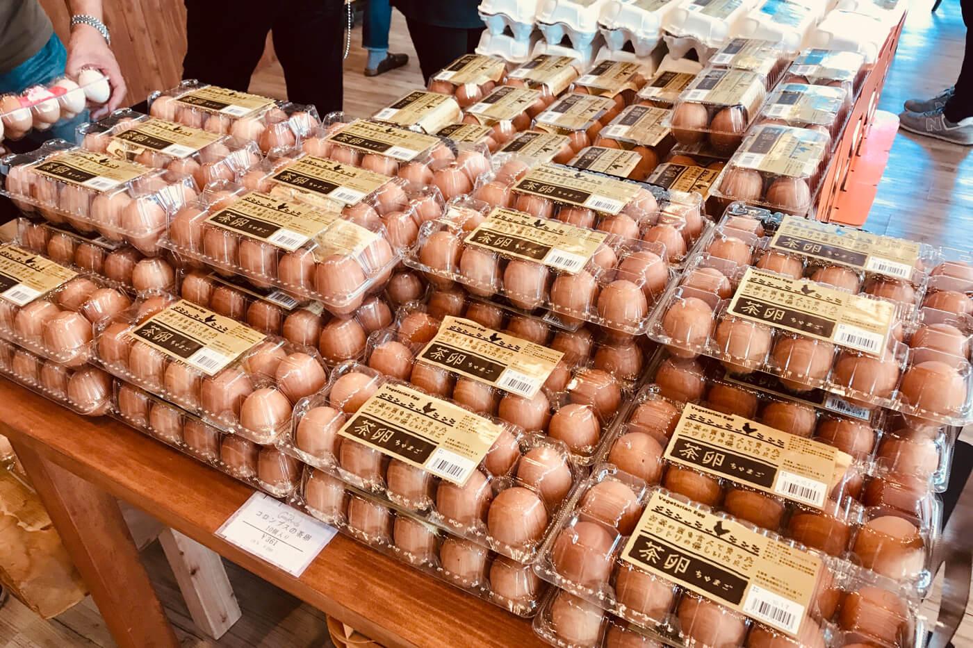 こっこらんど高須店 店内で陳列販売されているコロンブスの茶卵