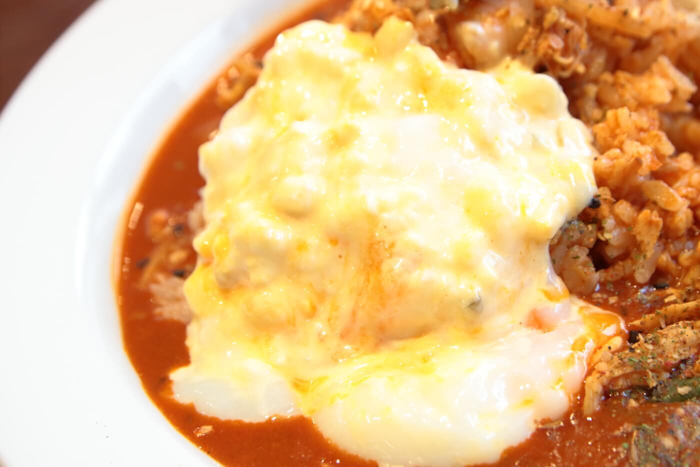 CoCo壱番屋(ココイチ)スパイスカレー THE Asia 半熟卵タルタルトッピング