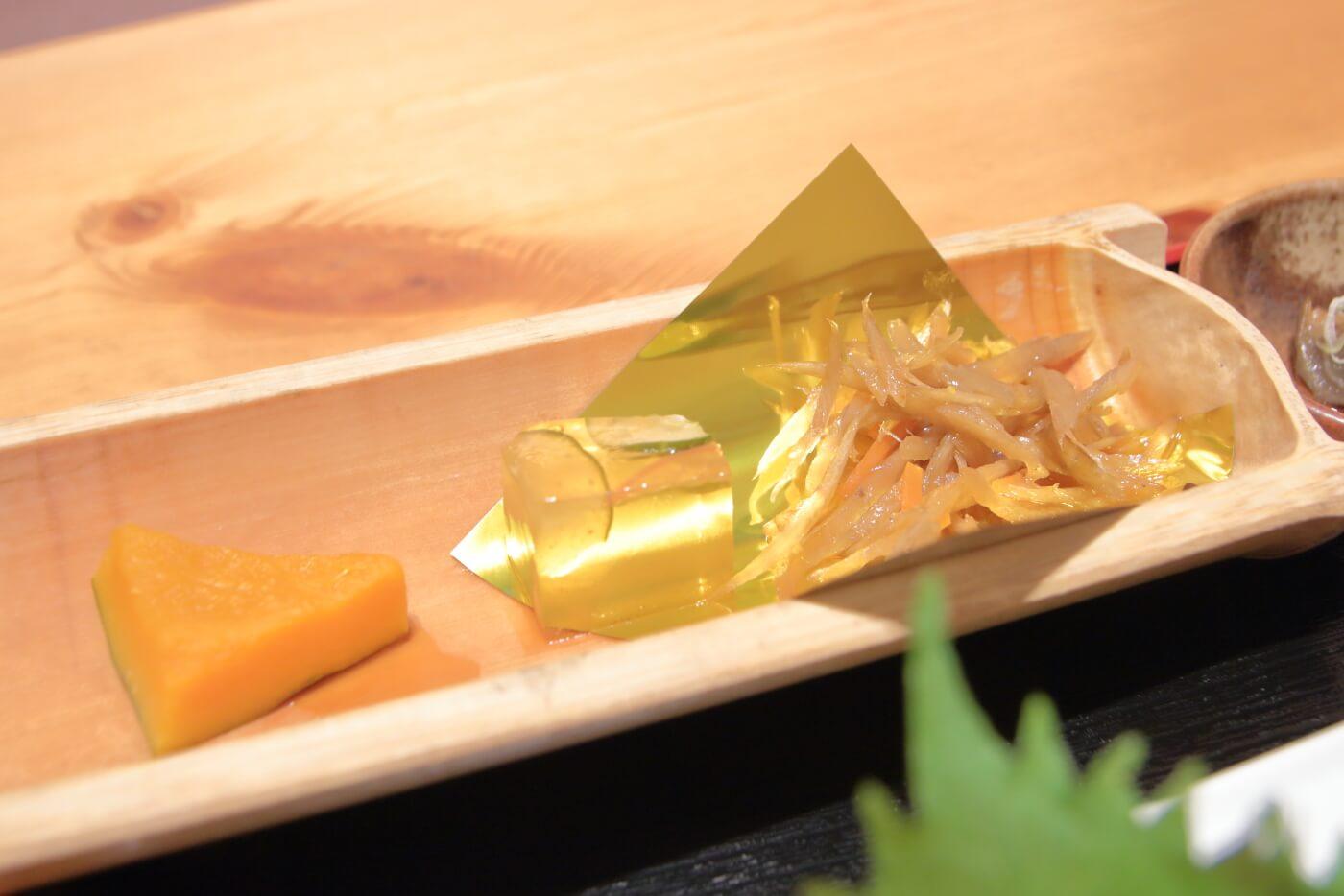 高知市の居酒屋 kataomoi(かたおもい)ランチの副菜
