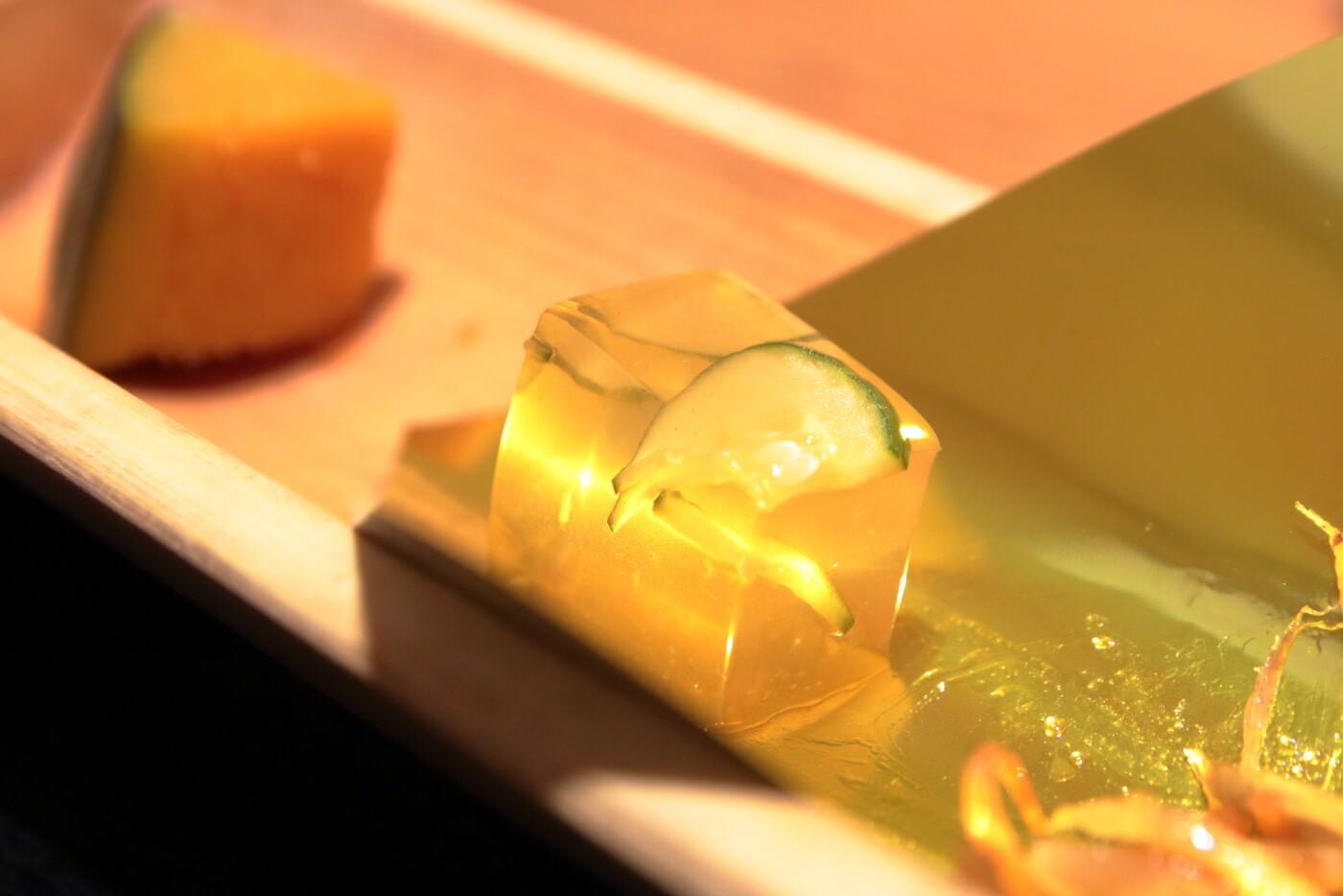 高知市の居酒屋 kataomoi(かたおもい)ランチ キュウリの煮こごり
