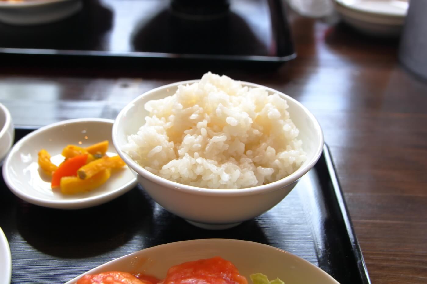 台湾料理 吉源 台湾ラーメン・エビチリ定食