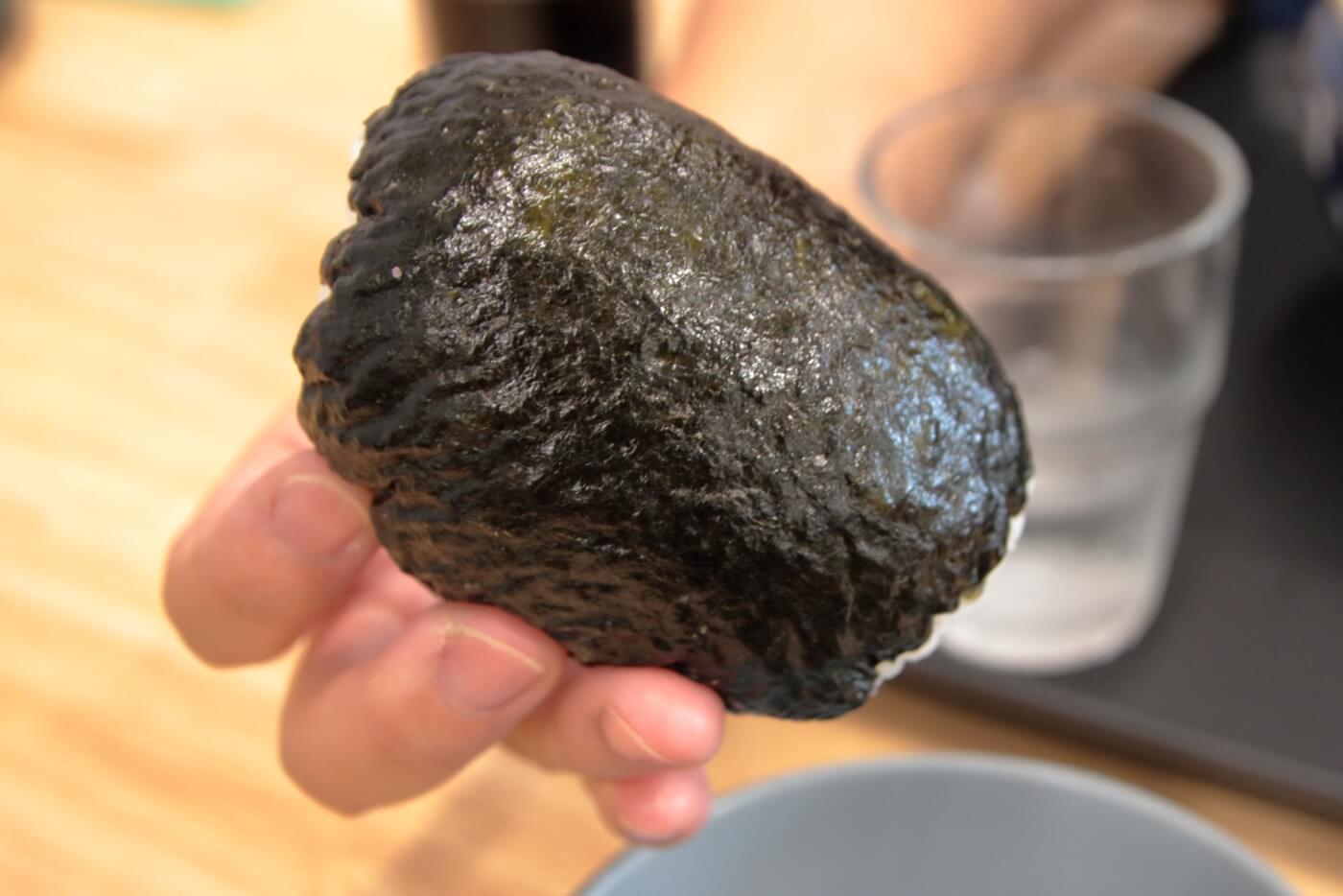 麺処やすきや製麺所 セルフうどん てとて 爆弾おにぎり(昆布)