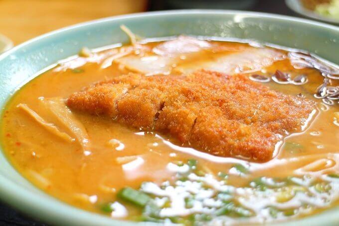 吉野園 味噌カツラーメン