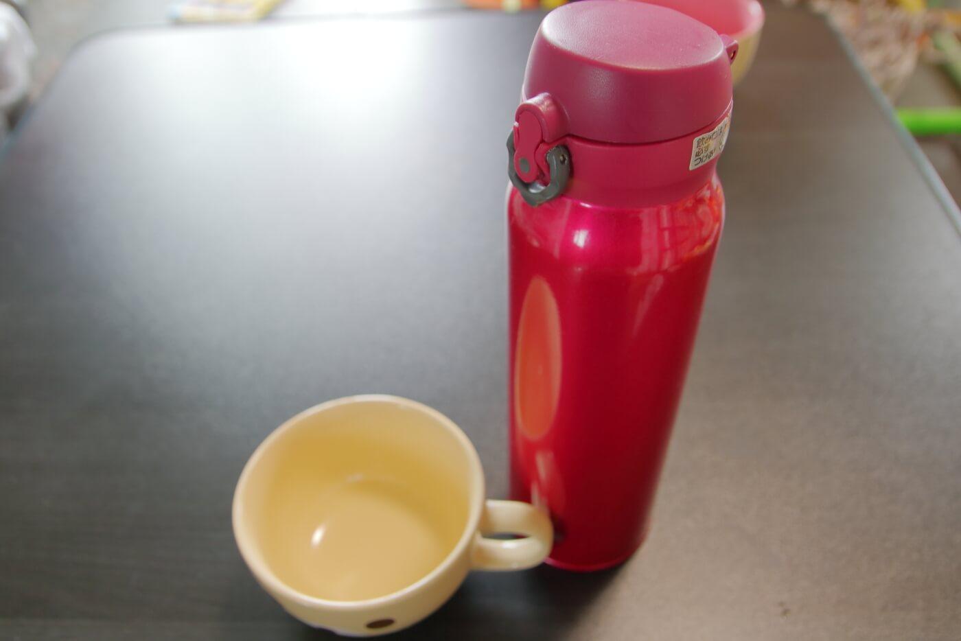 クードゥバレーヌ テイクアウト 水筒に入れてもらったスープ