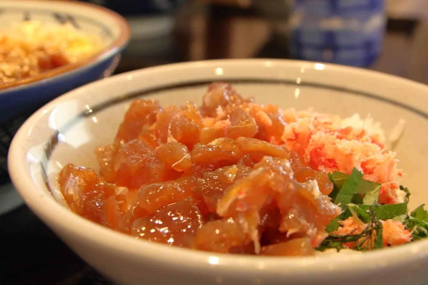 丸亀製麺 海鮮のっけ丼 かにまぐろ