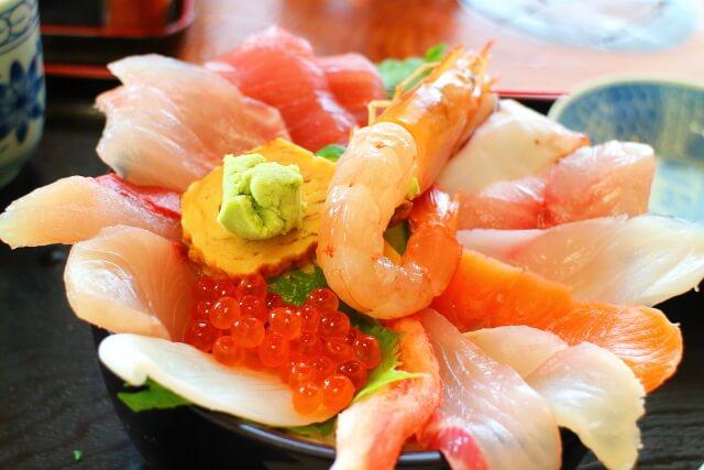 活魚レストラン藤 いっぱい海鮮丼