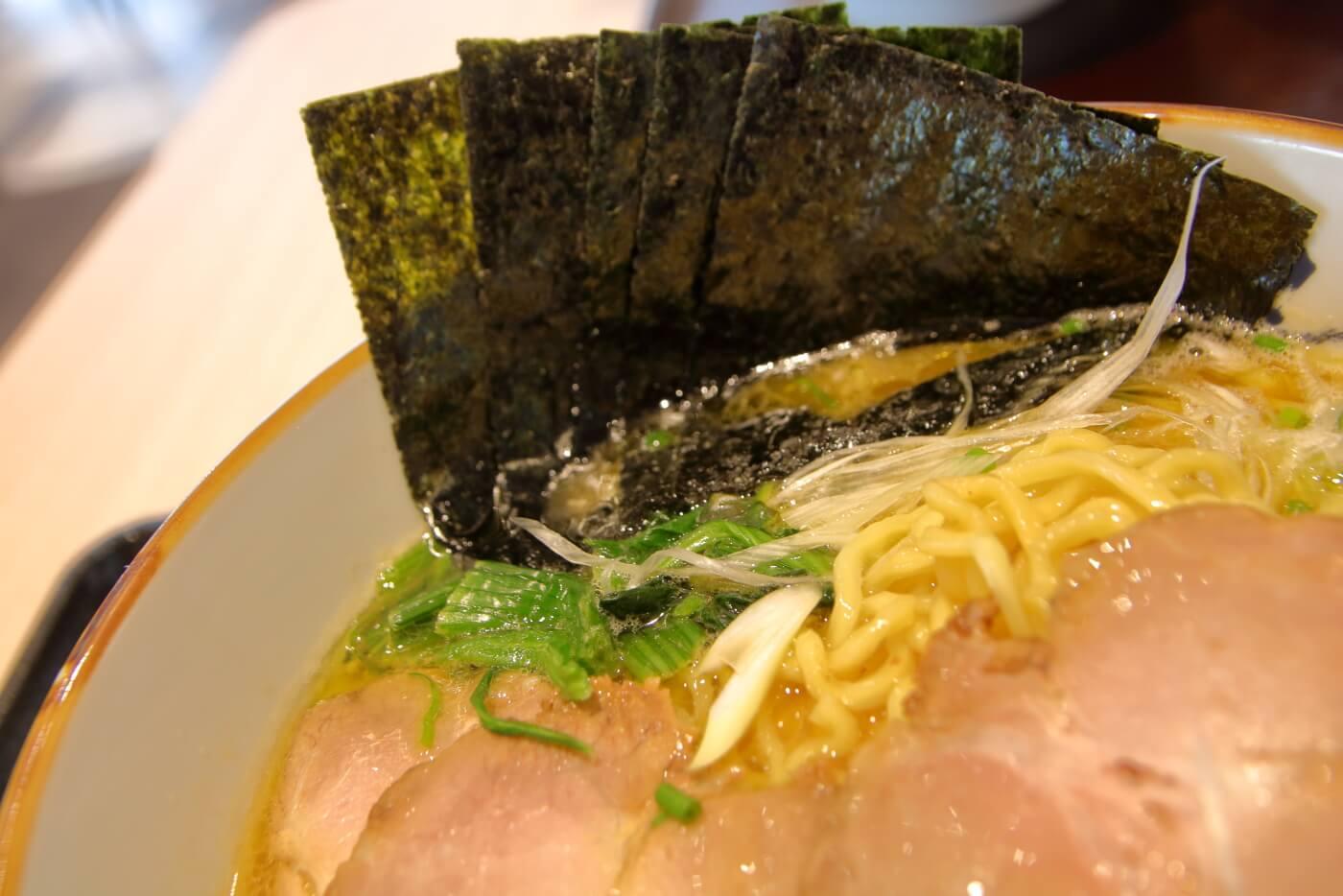 イオンモール高知東館3階フードコートの牛角次男坊の焼肉丼
