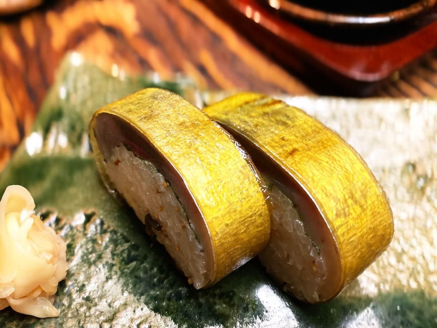 酒亭どんこ サバ寿司