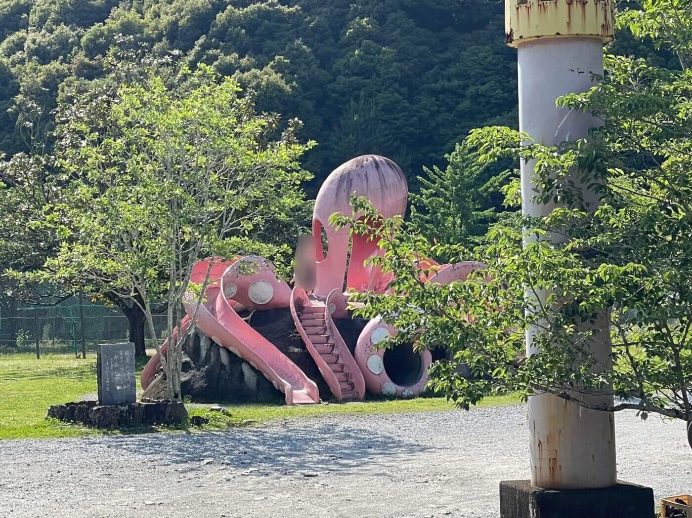 龍王公園(タコ公園)外観